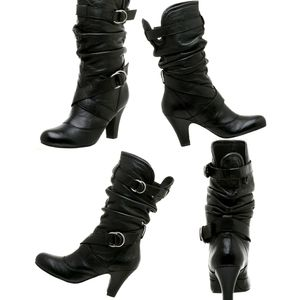 FINAL❗❗Steve Madden Leather Belted Booties
